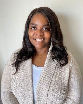 Ebony Payns, LMSW