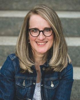 Julie Lavin