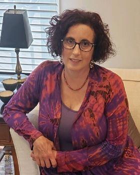 Karen Borruso
